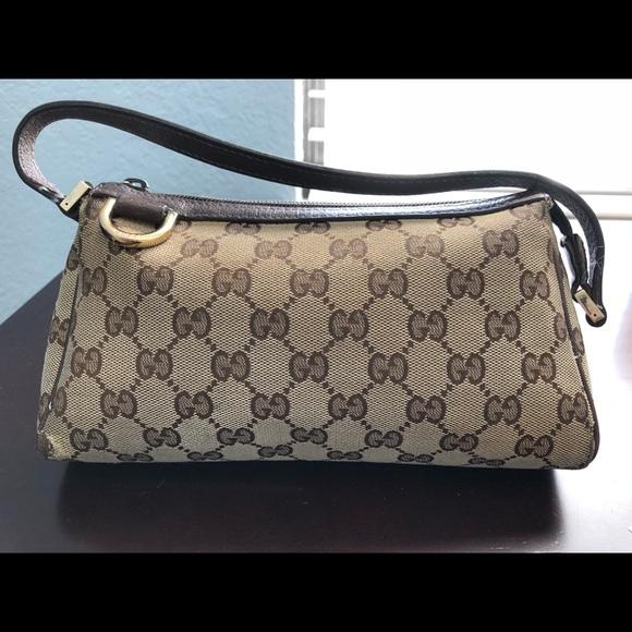 6cce8785e10 Gucci Handbags - Gucci D Ring Pochette Hand Bag - Authentic